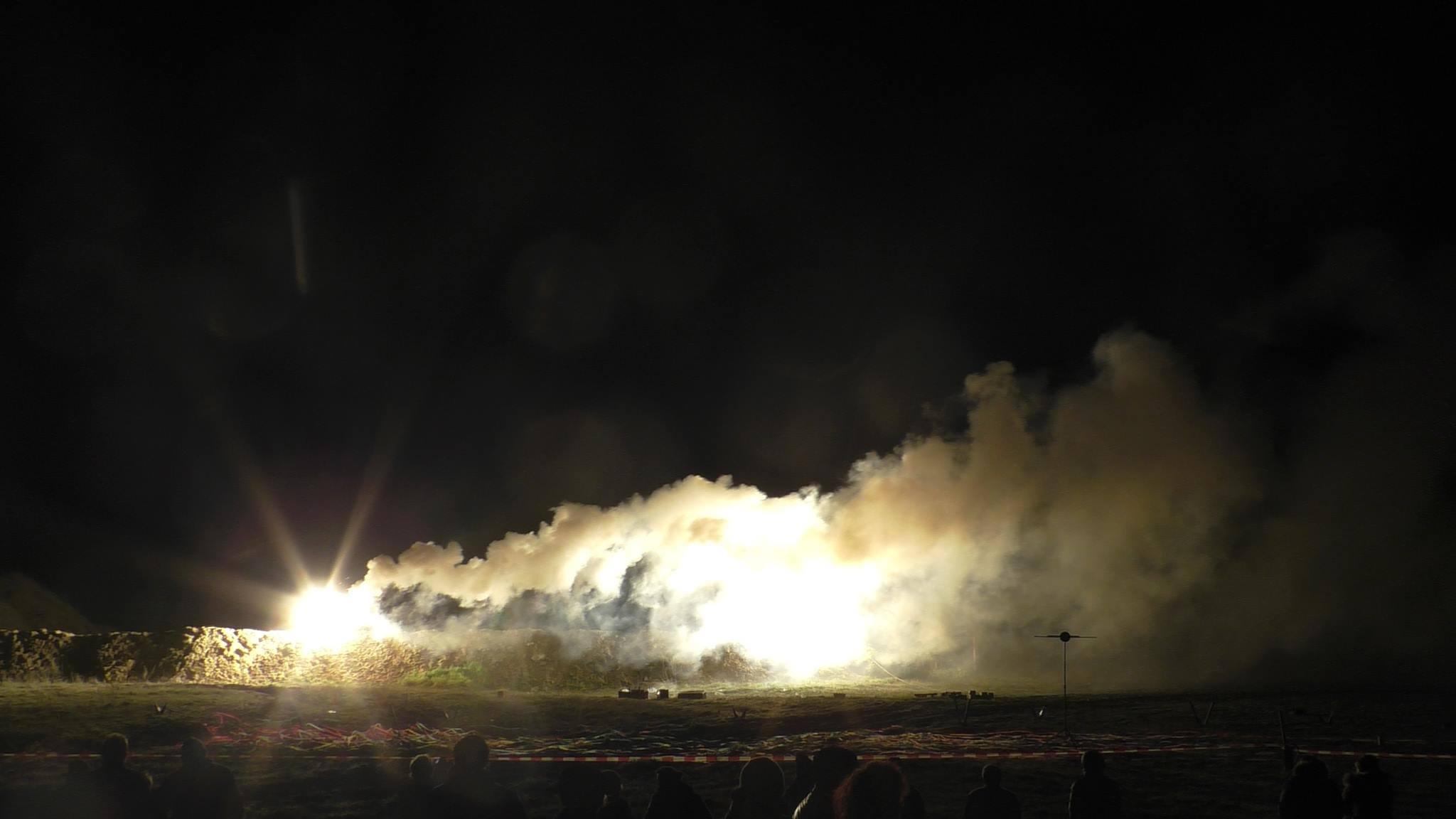 Feuerwerksbatterie wird im Camp Heidekrug getestet